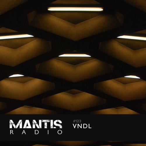 Mantis Radio is the home for darkfloor electronica. A fortnightly show